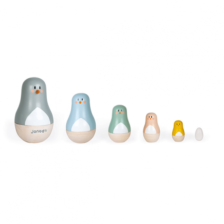 wooden Russian dolls toys